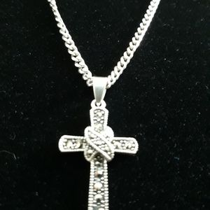 Jewelry - Sterling silver. 925 chain with cross